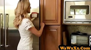 WaWxXx.Com - Brandi Love and Step-Daughter have an lesbian sex